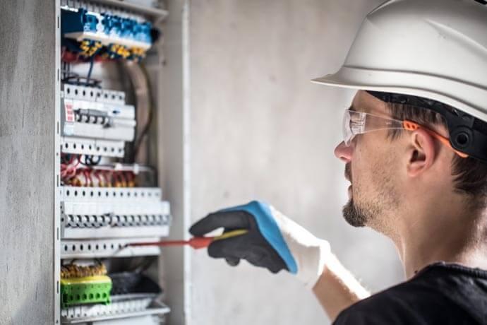 pomiary instalacji elektrycznych warszawa